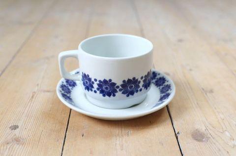 Figgjo(フィッギオ)/ブルーのお花のティーカップ2
