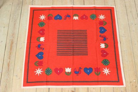 ハート・チューリップ・小鳥のクリスマステーブルクロス(90×82.5cm)