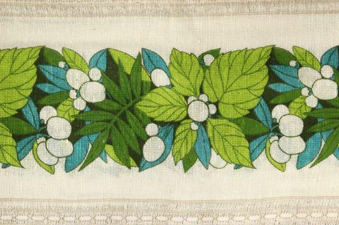 スウェーデンで見つけたグリーンと木の実柄のレトロカフェカーテン(74×200cm)