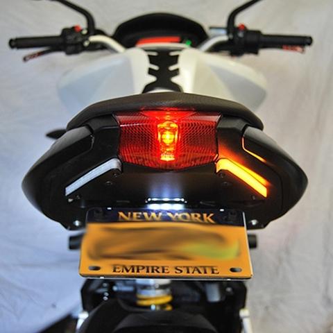ブルターレ 675/800 LED/フェンダーレス