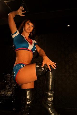 女子プロレスラーの新人調教合宿