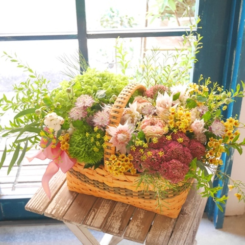 basket of season flower(L)