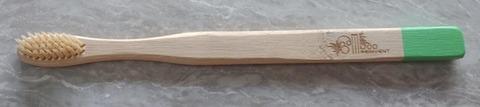 竹のエコ歯ブラシ