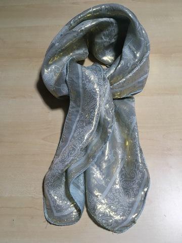 藍染め・アラベスク柄シルクストール(85×90cm)