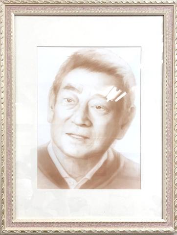 エアブラシ肖像画 高級タイプ(セピア1色 A3サイズ額)
