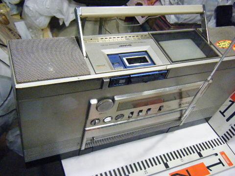 シャープ株式会社 ラジオ・カセット・カラーテレビジョン受信機 CT-5001