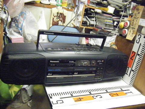 Panasonic RX-DT70。CDダブルラジカセ。