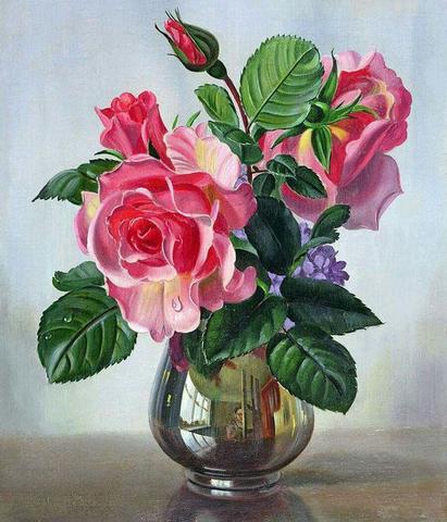 A3Sqare シルバーの花瓶に入ったバラとつぼみ