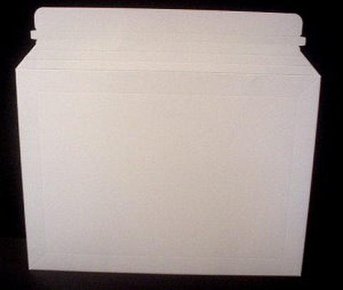 厚紙封筒「デルパック」メール便A4サイズ25枚パック