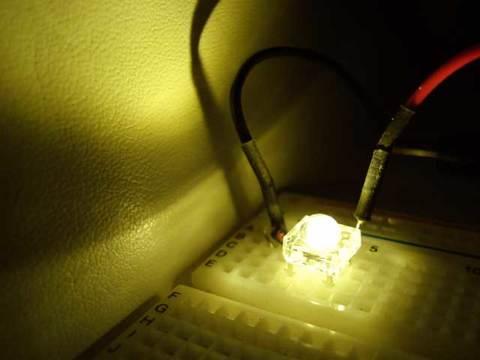 電球色Flux5mm4000mcd