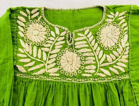 マヤンブラス アグアカテナンゴ村花刺繍 緑×ベージュ