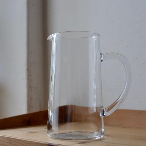 吹きガラスのジャグ 20cm