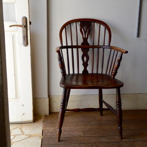 19世紀ウィンザーチェア(エルム&アッシュ)座面の色が濃い目