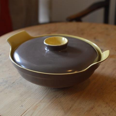 プールポタリー チュリーン(蓋つき深皿)
