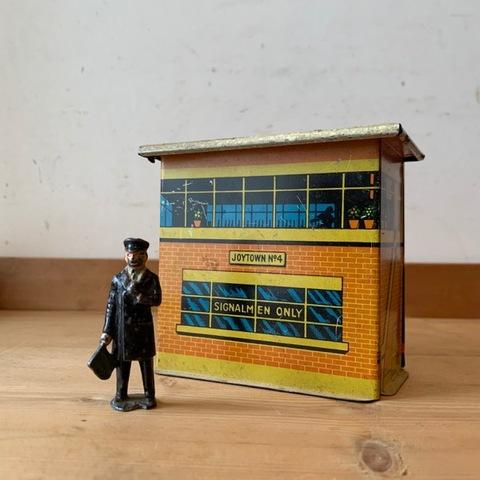 ブリキの鉄道模型「シグナルマンオンリー」