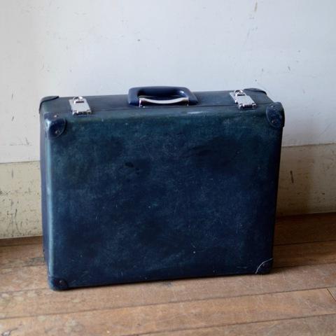 グローブトロッター スーツケース ネイビー (クルー用)