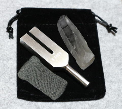 クリスタル・チューナー(日本製)水晶ポイント付