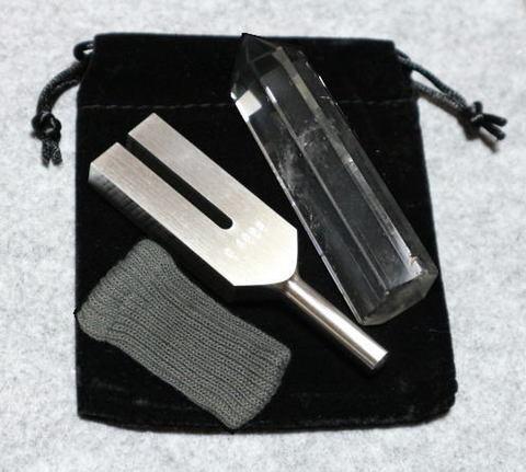 クリスタル・チューナー(日本製)【AA】水晶ポイント(5XL)付