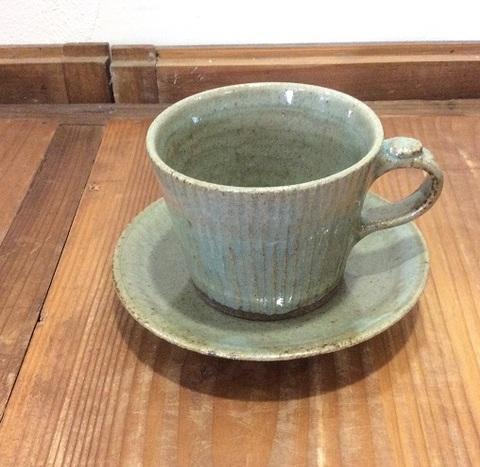 カップ&ソーサー(灰緑)/ 駒形悦子 kaya陶房