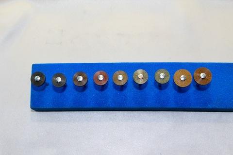 15φ  #60.--#10000リューター、ルーター、研磨用レジン焼結ダイヤモンド砥石(湿式用) #60.#150.#300.#500.#1000.#2000.#3000.#6000.#10000。の9個  マンドリル9本付(3.0mm軸)セット 外形15mm 厚み3mm 穴経1.7mm