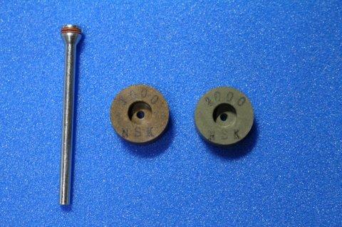 15φ  6mm幅 #1000#2000  リューター、ルーター、研磨用レジン焼結ダイヤモンド砥石(湿式用) 2個セット 穴径1.8ミリ  マンドレル1本付き(3mm軸)
