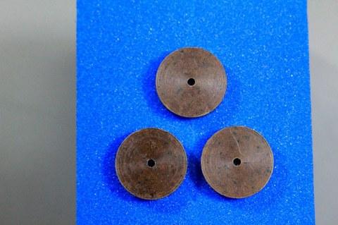 15φ  #300   リューター、ルーター、研磨用レジン焼結ダイヤモンド砥石(湿式用) #300 3個 外形15mm 厚み3mm 穴経1.7mm