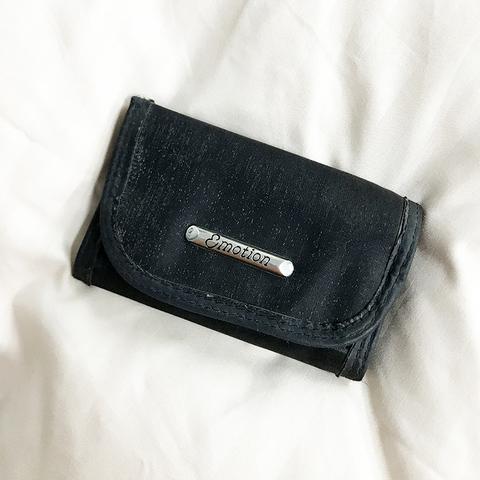 Emotion wallet