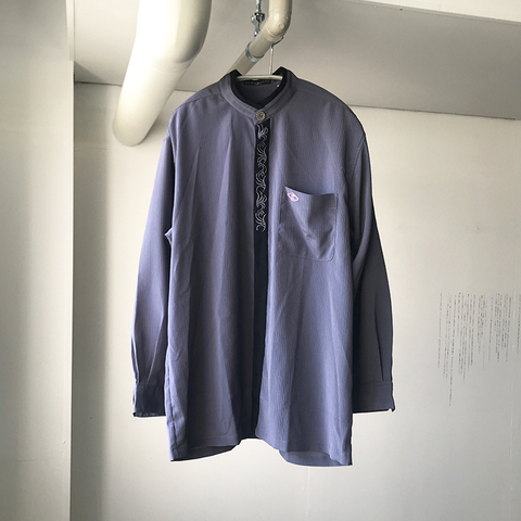 unknown embroidery wrinkle shirt