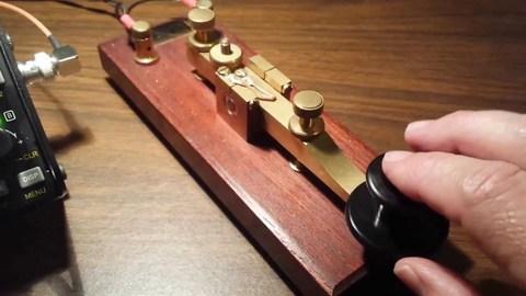 THE KENT HAND KEY 木製で暖かくリズミカルに