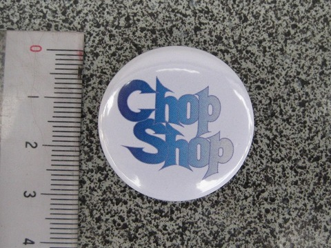 サムライ・オリジナル 缶バッジ 白地に青文字 CHOPSHOP 32ミリ