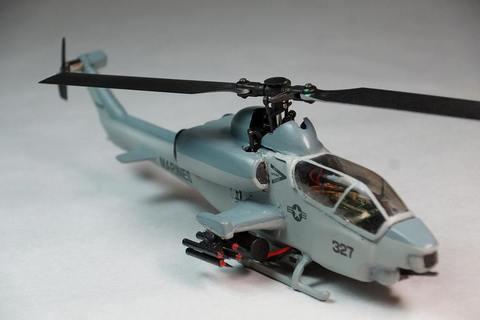 【生産終了】AH-1W スーパーコブラ 塗装済み完成品