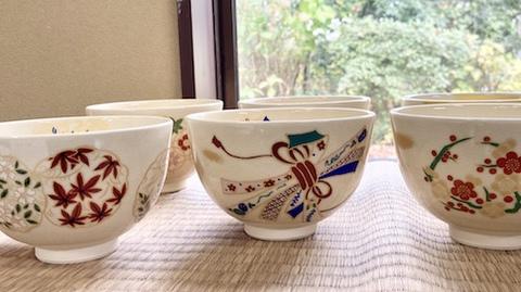 リーズナブルで綺麗な色絵茶碗(全8種)【マイ茶碗】