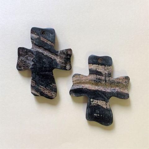 2302 水牛 ラフ 十字架(2ヶ)
