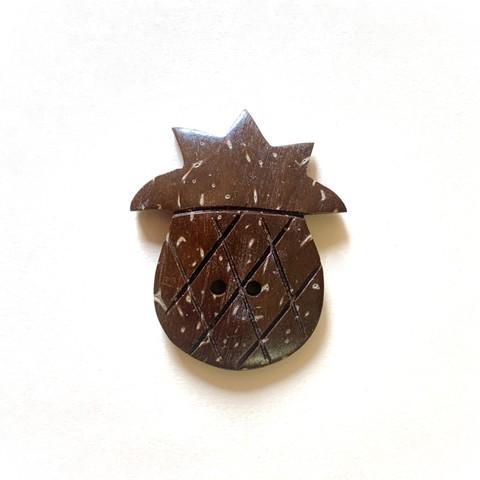 1561 ココシェル ボタン パイン