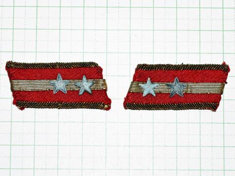 陸軍襟章 中尉