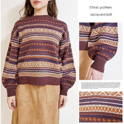 バルーンスリーブの幾何柄セーター