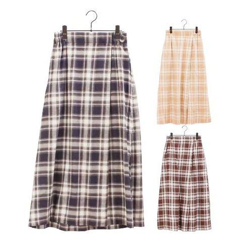 チェックのラップ風スカート