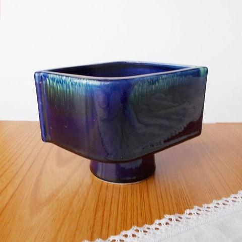 昭和レトロな瑠璃色菱型高台mini水盤花瓶