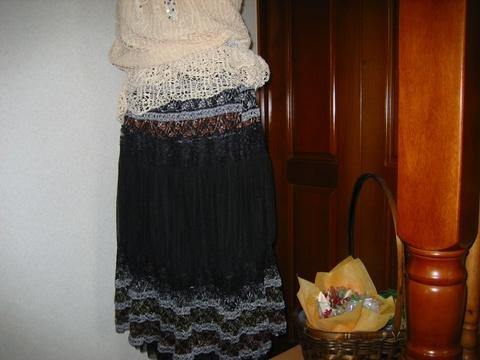 エキゾチックなレーシースカート