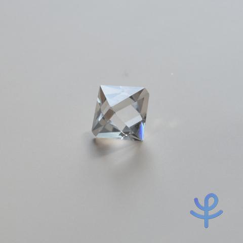 【置き石】正八面体水晶
