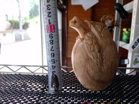 (寄付50円)木彫りのふ化ウミガメ