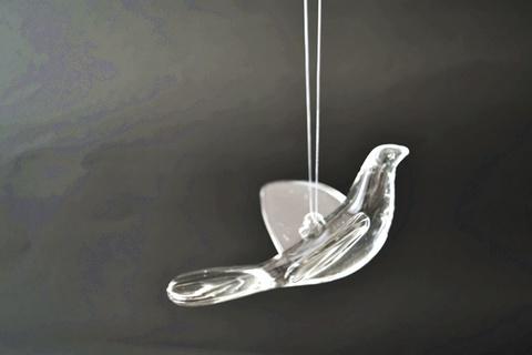 ガラスの鳥のオーナメント