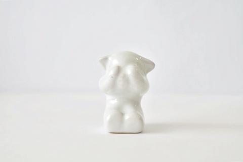 L.Hjorth ヨート / 目隠し 白くまの小さなオブジェ