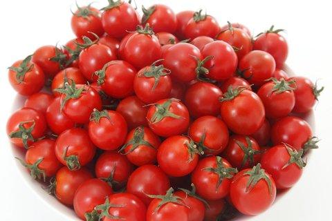 ミニトマト 1.8kg 税込・送料無料・代引手数料無料