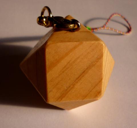 立方8面体ストラップ